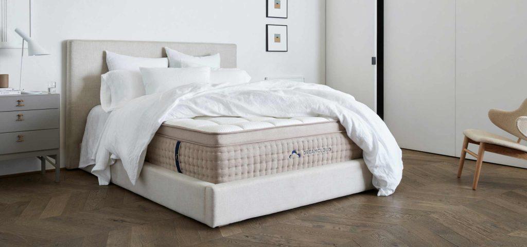 Hybrid Mattress Reviews Dreamcloud Vs Saatva Bed Tester